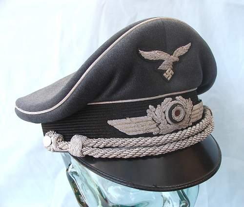 Click image for larger version.  Name:Luftwaffe Officer's Schirmutze 011.jpg Views:76 Size:214.0 KB ID:584031