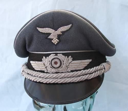 Click image for larger version.  Name:Luftwaffe Officer's Schirmutze 012.jpg Views:118 Size:213.0 KB ID:584032