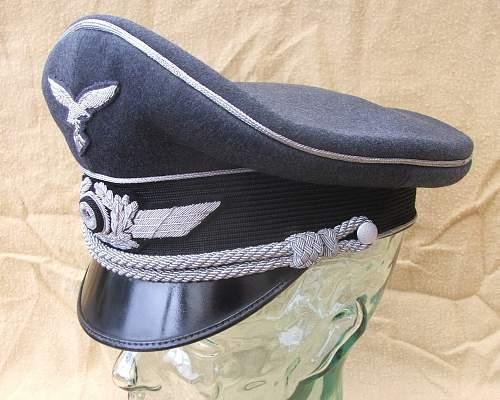 Click image for larger version.  Name:Luftwaffe visor caps 006.jpg Views:93 Size:221.7 KB ID:584049