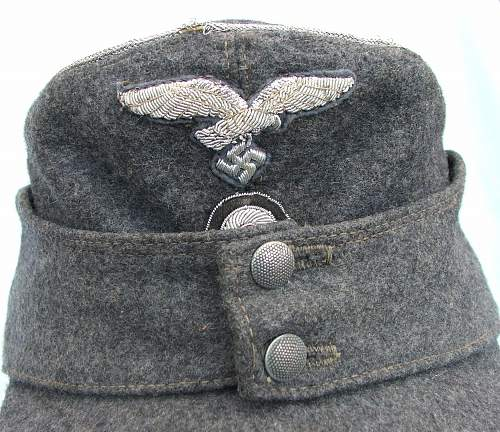 Click image for larger version.  Name:Officer M43 caps 013.jpg Views:52 Size:231.1 KB ID:584585