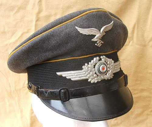 Click image for larger version.  Name:Bad Aibling Flight visor cap 005.jpg Views:106 Size:218.4 KB ID:585609