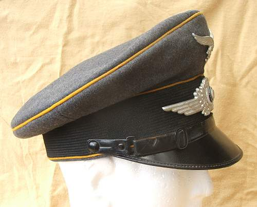 Click image for larger version.  Name:Bad Aibling Flight visor cap 006.jpg Views:67 Size:212.6 KB ID:585610