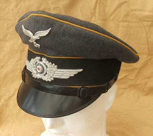 Click image for larger version.  Name:Bad Aibling Flight visor cap 008.jpg Views:58 Size:207.4 KB ID:585612