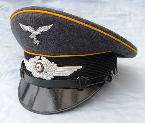 Click image for larger version.  Name:Luftwaffe NCO of flight visor cap 001.jpg Views:75 Size:220.1 KB ID:585618
