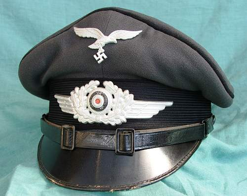 Click image for larger version.  Name:Black piped LW visor cap 001.jpg Views:103 Size:225.2 KB ID:585998