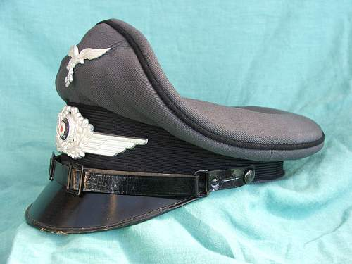 Luftwaffe OR/NCO visor cap with black piping