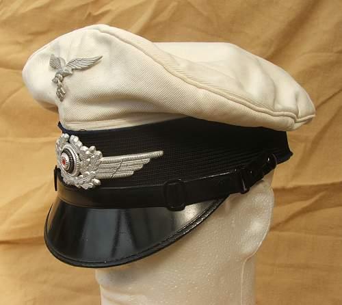 Click image for larger version.  Name:Luftwaffe Medical white top visor cap 001.jpg Views:61 Size:194.2 KB ID:586406