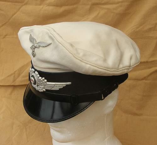 Click image for larger version.  Name:Luftwaffe Medical white top visor cap 006.jpg Views:73 Size:155.9 KB ID:586410