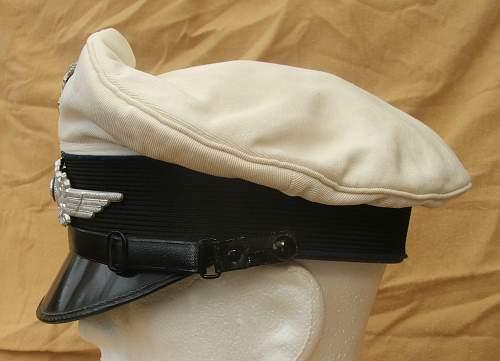 Click image for larger version.  Name:Luftwaffe Medical white top visor cap 007.jpg Views:89 Size:188.3 KB ID:586411