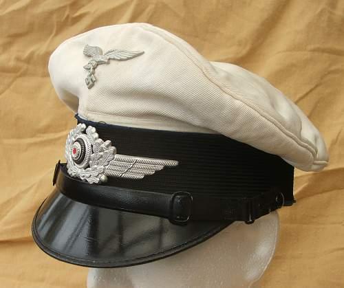 Click image for larger version.  Name:Luftwaffe Medical white top visor cap 009.jpg Views:245 Size:209.0 KB ID:586412