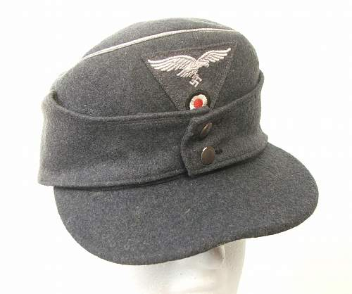 Click image for larger version.  Name:M43 Officer cap trapezoid insignia 001.jpg Views:225 Size:211.1 KB ID:586685