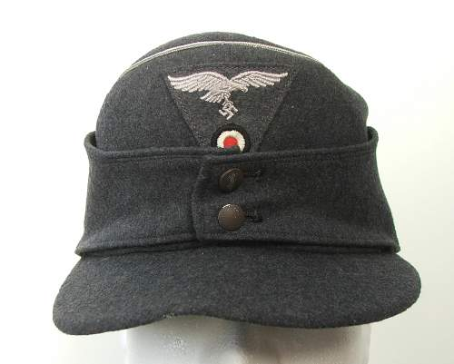 Click image for larger version.  Name:M43 Officer cap trapezoid insignia 005.jpg Views:153 Size:207.1 KB ID:586688