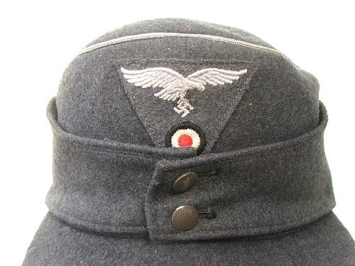 Click image for larger version.  Name:M43 Officer cap trapezoid insignia 009.jpg Views:168 Size:227.0 KB ID:586690