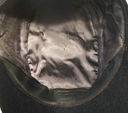 Click image for larger version.  Name:M43 Officer cap RB marked 012.jpg Views:57 Size:222.2 KB ID:586703