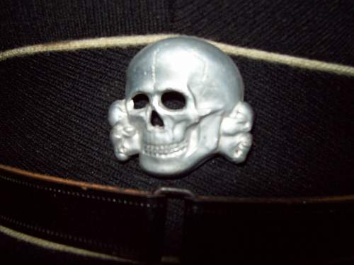 Click image for larger version.  Name:Black cap  unknown 002.jpg Views:40 Size:230.2 KB ID:58716