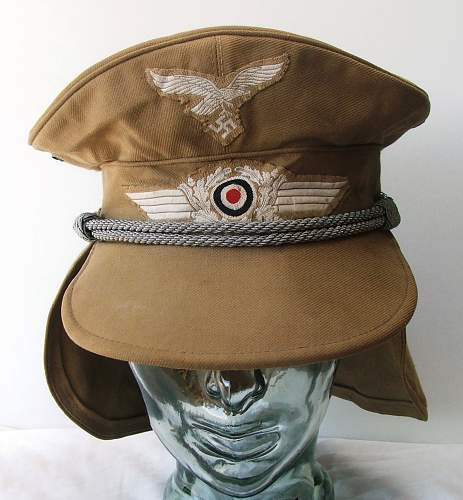 Click image for larger version.  Name:Luftwaffe Meyer cap with neck flap 002.jpg Views:263 Size:190.2 KB ID:588968