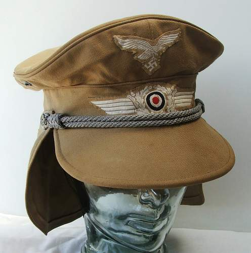 Click image for larger version.  Name:Luftwaffe Meyer cap with neck flap 003.jpg Views:544 Size:185.0 KB ID:588969