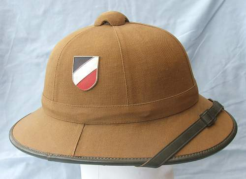 Click image for larger version.  Name:Tropical sun helmet 1st pattern Heer 002.jpg Views:82 Size:223.4 KB ID:589007