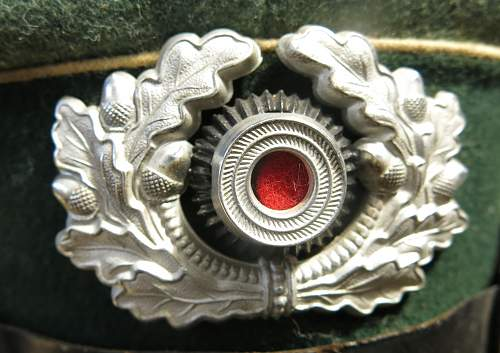 Click image for larger version.  Name:Infantry OR-NCO visor cap 009.jpg Views:51 Size:210.7 KB ID:590810