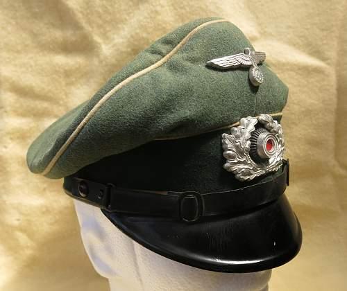Click image for larger version.  Name:Infantry OR-NCO visor cap 010.jpg Views:51 Size:210.2 KB ID:590811