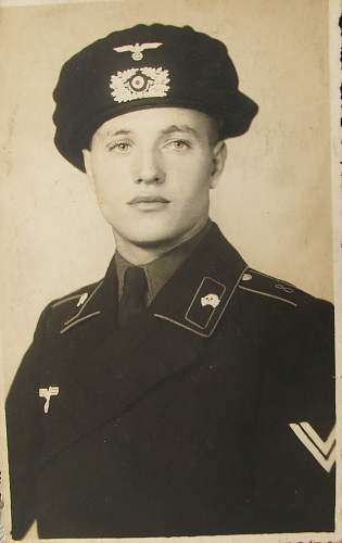 Click image for larger version.  Name:Panzer portrait 003.jpg Views:78 Size:91.4 KB ID:603733