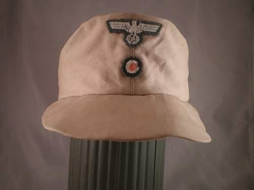 Heer cloth cap eagle - help please