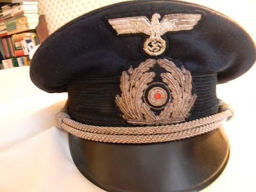 Kreigsmarine Administration Officer's visor cap