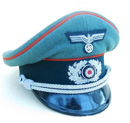 Click image for larger version.  Name:Heer Artillerie Schirmmütze 001.jpg Views:113 Size:208.6 KB ID:718979