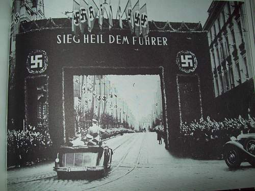 Click image for larger version.  Name:Hitler and Arch 001.jpg Views:117 Size:243.5 KB ID:74417