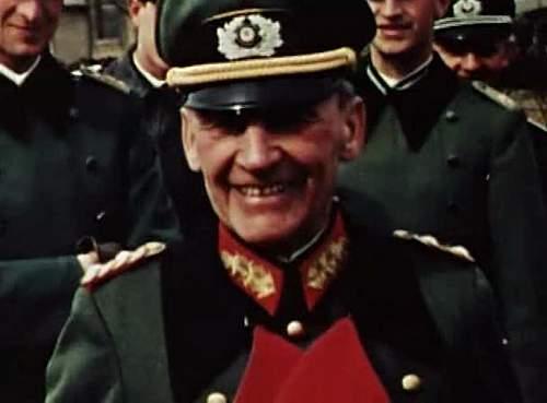 Click image for larger version.  Name:General der Kavallerie Diether von Boehm-Bezing.jpg Views:316 Size:95.5 KB ID:744181