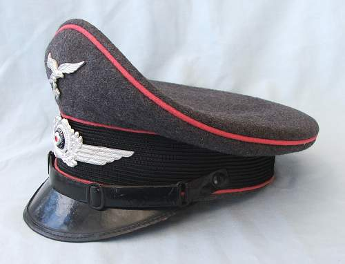 Click image for larger version.  Name:LW Engineers NCO visor cap 002.jpg Views:50 Size:173.8 KB ID:746938