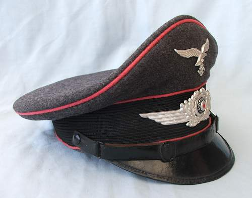Click image for larger version.  Name:LW Engineers NCO visor cap 004.jpg Views:55 Size:203.9 KB ID:746939