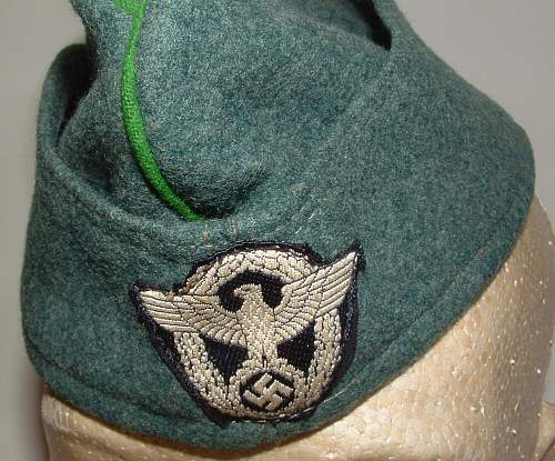 Click image for larger version.  Name:police overseas cap (2).jpg Views:259 Size:242.4 KB ID:75346