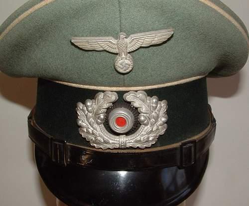 Click image for larger version.  Name:vienna  infantry visor (3).JPG Views:66 Size:242.1 KB ID:75387