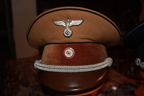 Click image for larger version.  Name:hats105.jpg Views:16 Size:307.2 KB ID:777255
