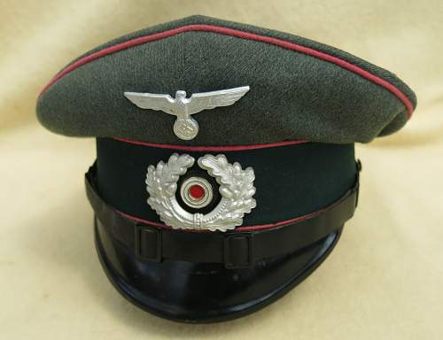 Click image for larger version.  Name:Clemens Wagner Panzer NCO visor cap 004.jpg Views:43 Size:204.6 KB ID:777807