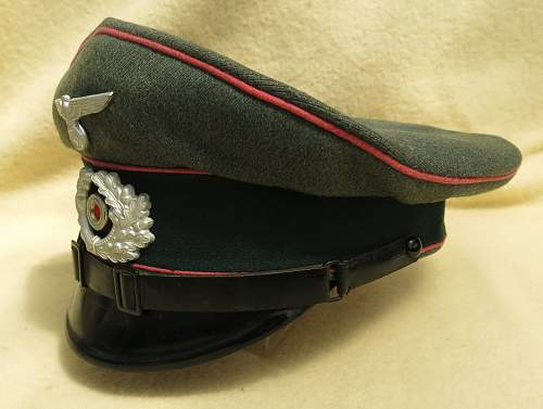 Click image for larger version.  Name:Clemens Wagner Panzer NCO visor cap 006.jpg Views:53 Size:211.0 KB ID:777809