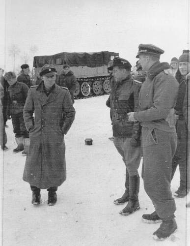 Click image for larger version.  Name:Peiper_Nueske_jan1944_from_Agte_p335_800.jpg Views:180 Size:73.7 KB ID:784240