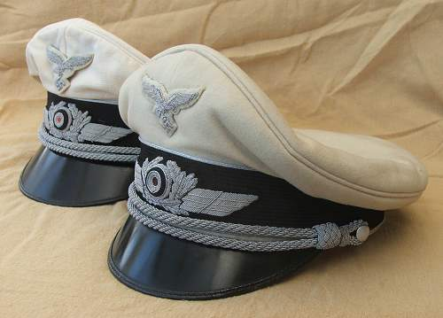 Click image for larger version.  Name:Luftwaffe white top visor caps 003.jpg Views:79 Size:217.9 KB ID:785976