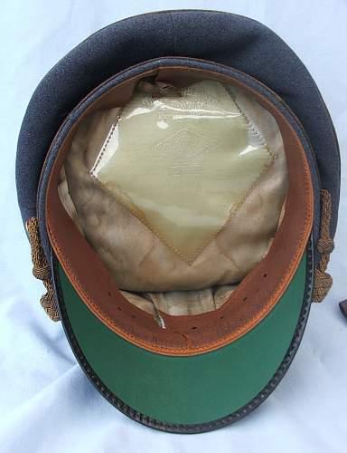 Click image for larger version.  Name:Luft general officer visor interior.jpg Views:64 Size:220.8 KB ID:785989