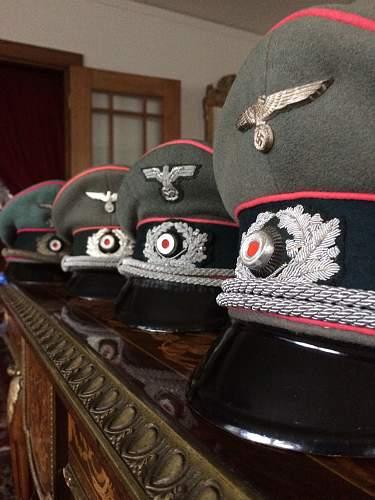 Heeres Schirmmuetzen,  Generalstab sowie Panzer!