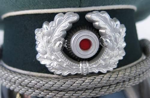 Click image for larger version.  Name:Schellenberg Infantry Officer Visor Cap 006.jpg Views:72 Size:137.8 KB ID:801978