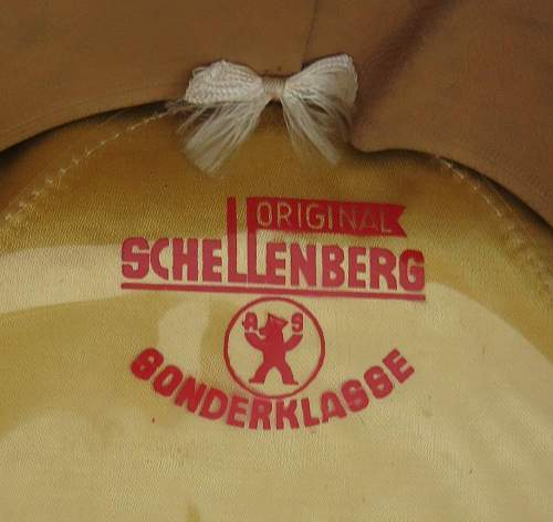 Click image for larger version.  Name:Schellenberg Infantry Officer Visor Cap 012.jpg Views:61 Size:133.7 KB ID:801984