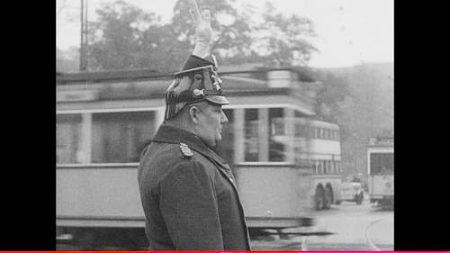 Click image for larger version.  Name:908052593-shako-friedrichstrasse-traffic-police-weimar-republic.jpg Views:970 Size:34.0 KB ID:802632
