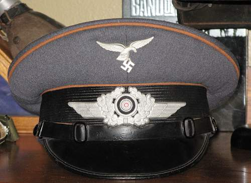 Can anyone tell me more about this visor??