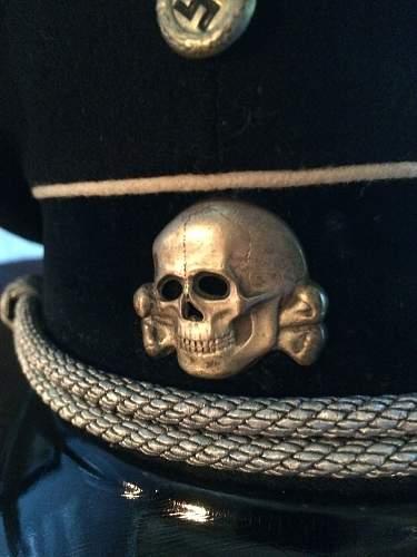 SS cap badges