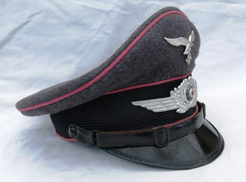 Click image for larger version.  Name:Luftwaffen-Felddivisionen Panzerjäger Schirmmütze 003.jpg Views:200 Size:214.6 KB ID:808880