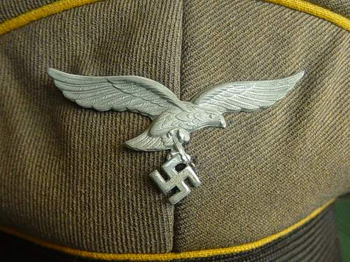 Click image for larger version.  Name:Luftwaffe NCO's Schirmutze 001.jpg Views:72 Size:150.7 KB ID:8164