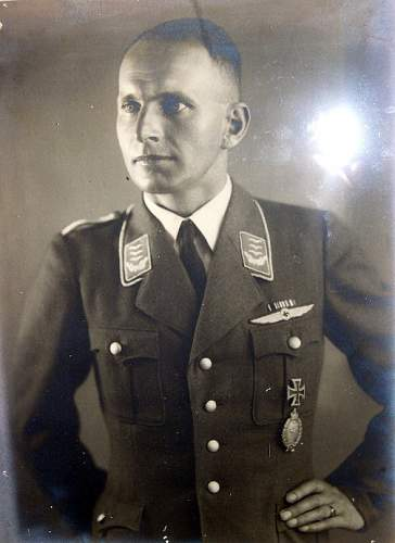 Click image for larger version.  Name:Wolfgang von Gronau wearing DLV uniform.jpg Views:89 Size:111.3 KB ID:818462