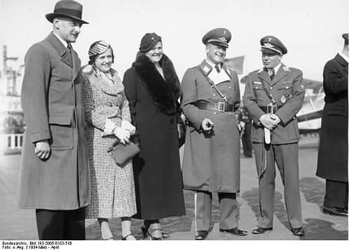 Click image for larger version.  Name:Bundesarchiv_Bild_183-2005-0103-510,_Berlin,_Maretzky,_Milch,_Udet.jpg Views:57 Size:56.2 KB ID:818904